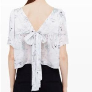 Club Monaco 100% silk ahlam top chemise